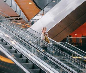 La sostituzione corrimano per scale mobili